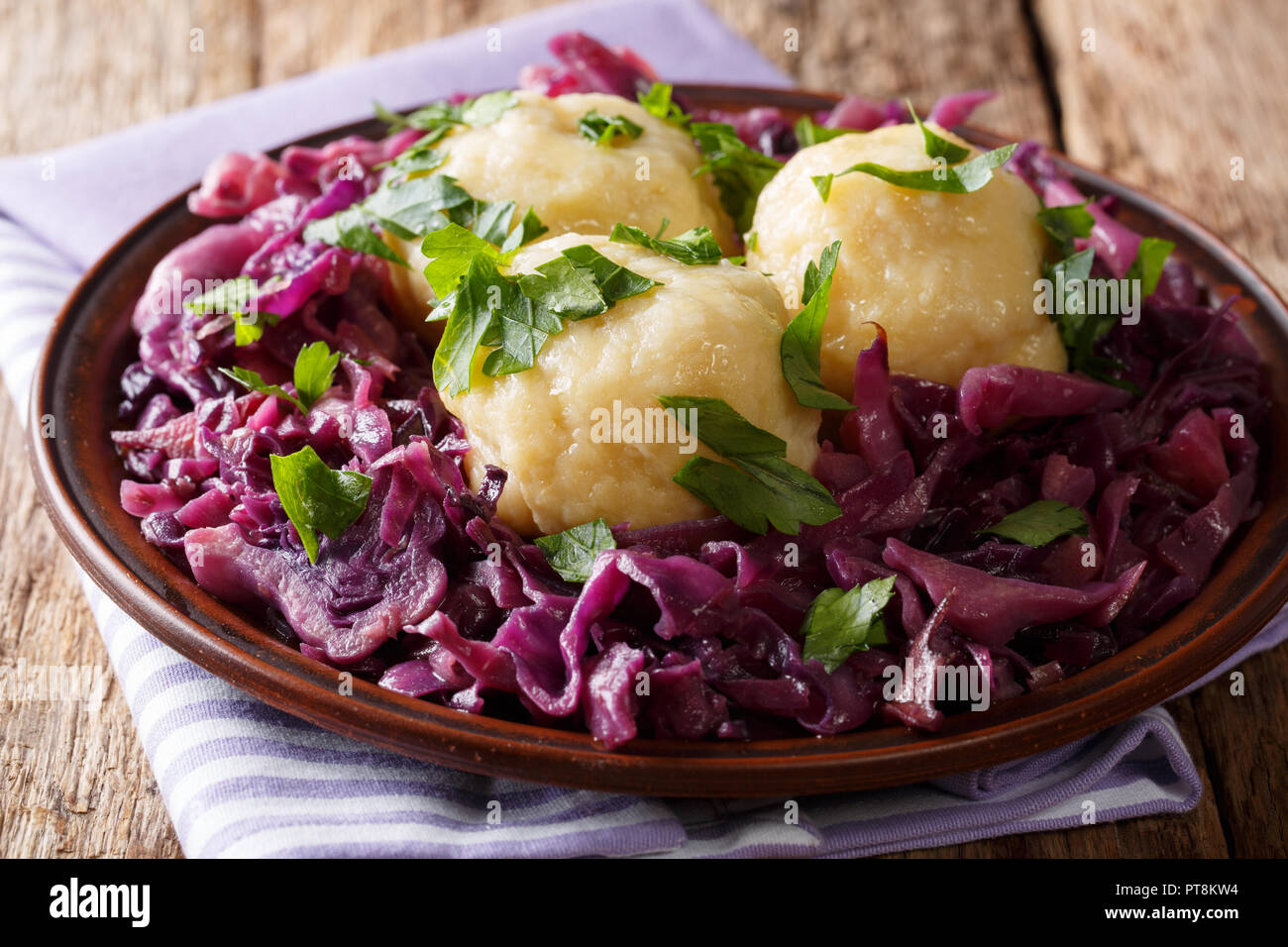 The recipe for stewed sauerkraut in German