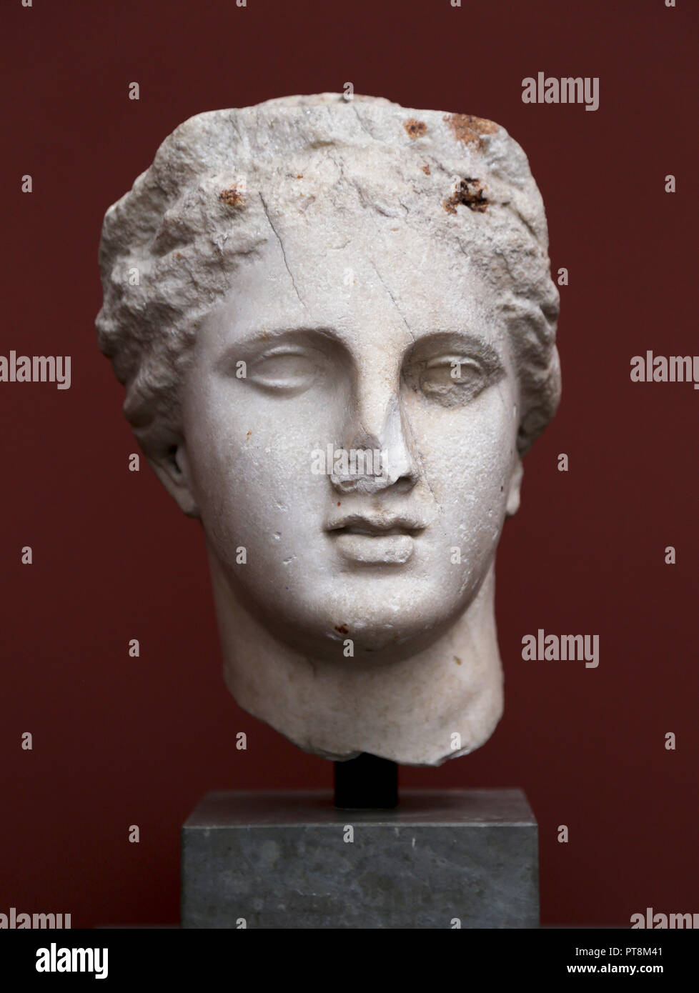 Head of an Egyptian Qeen or Goddess. Marble face. 2nd century BC. probably Alexandria. - Stock Image