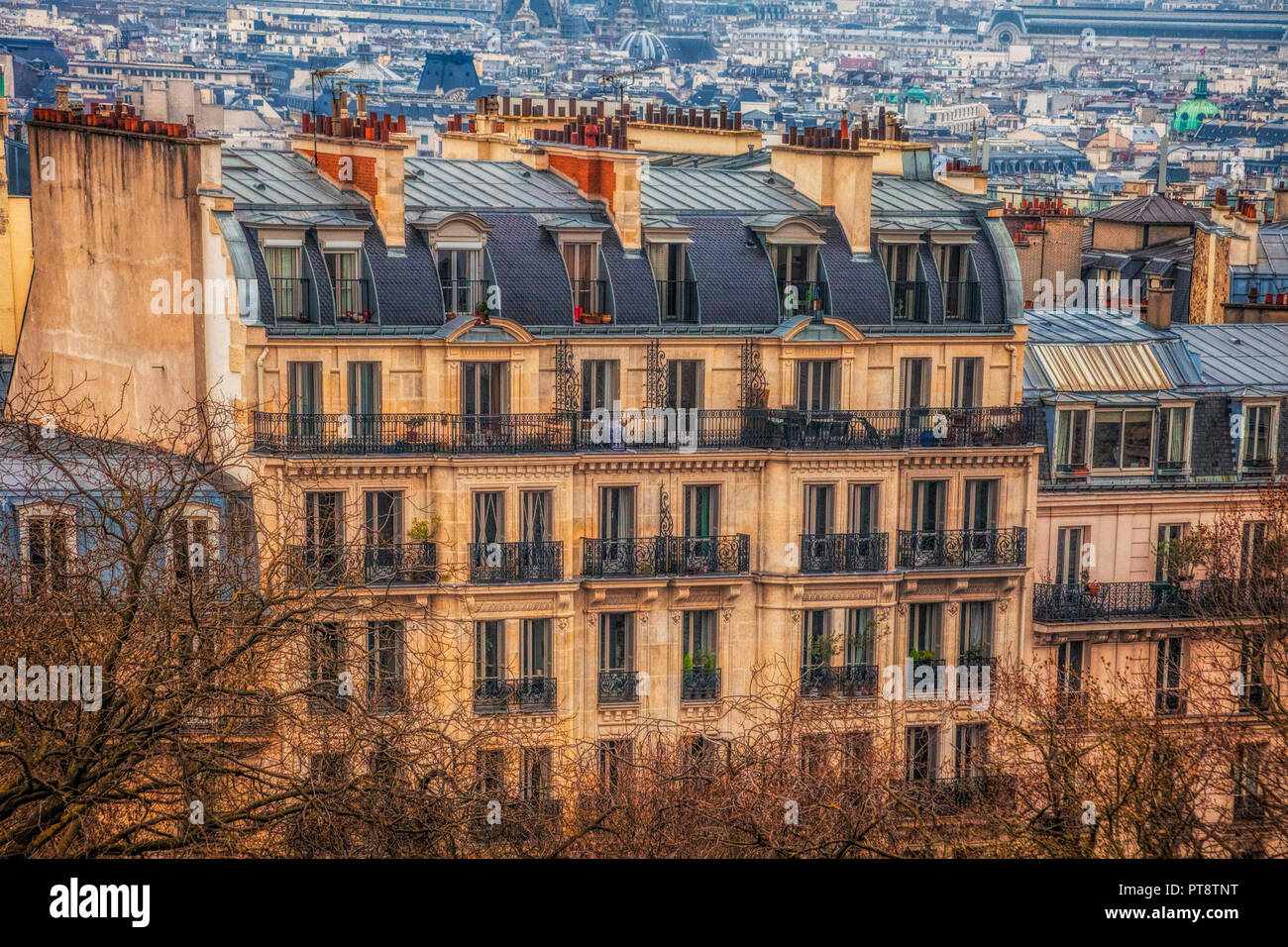 Traditional building in Paris, France - Stock Image