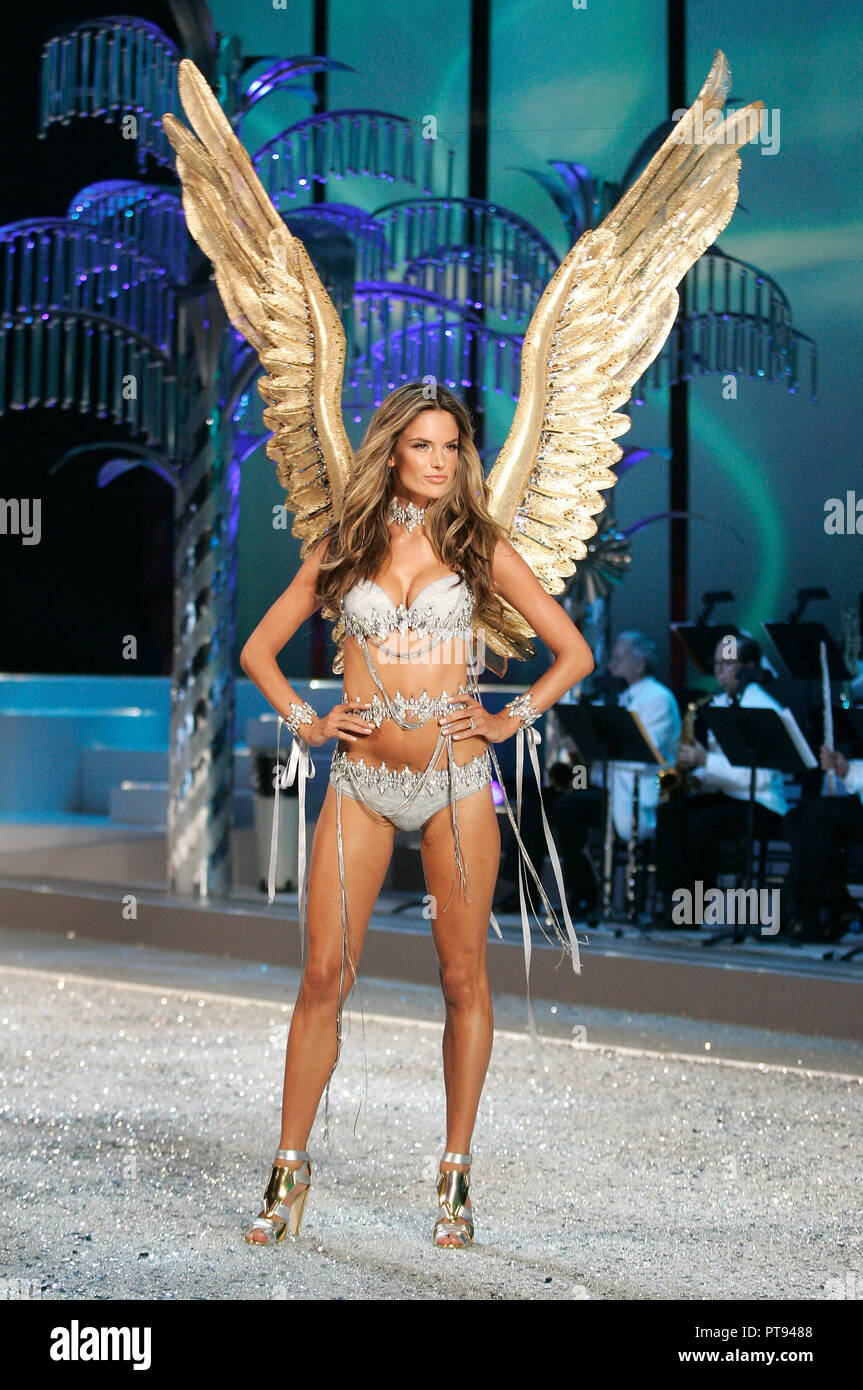 46417485ef Victoria s Secret Angel Alessandra Ambrosio walks the runway at the 2008  Victoria s Secret Fashion Show at the Fontainebleau Hotel in Miami Beach on  ...