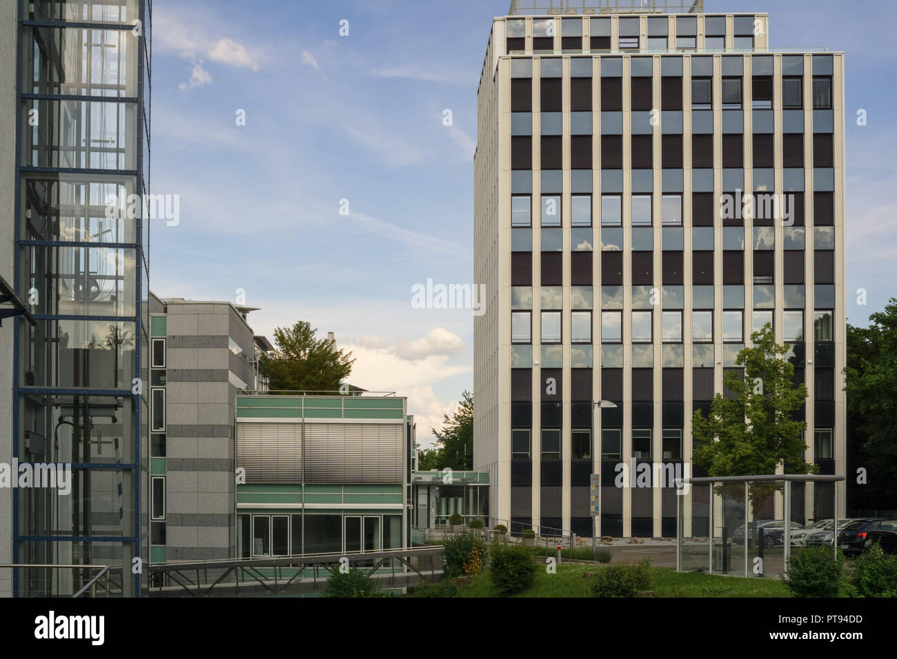 Small Office Building High Resolution Stock Photography And Images Alamy