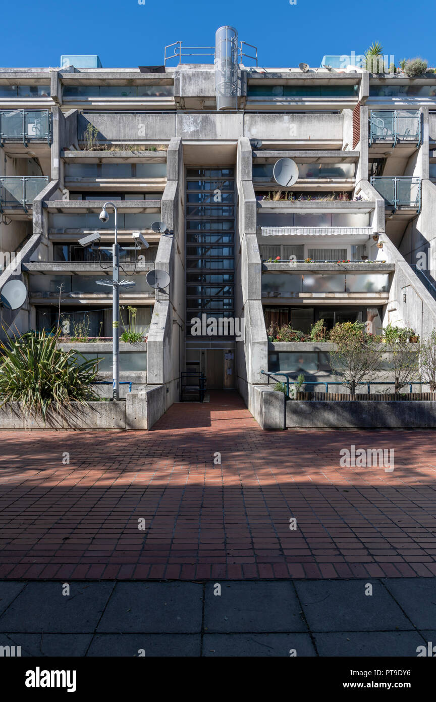 Alexandra Road Estate (also known as Rowley Way) Camden. Designed by the architect Neave Brown. Brutalist but low enough to be on a human scale. Stock Photo