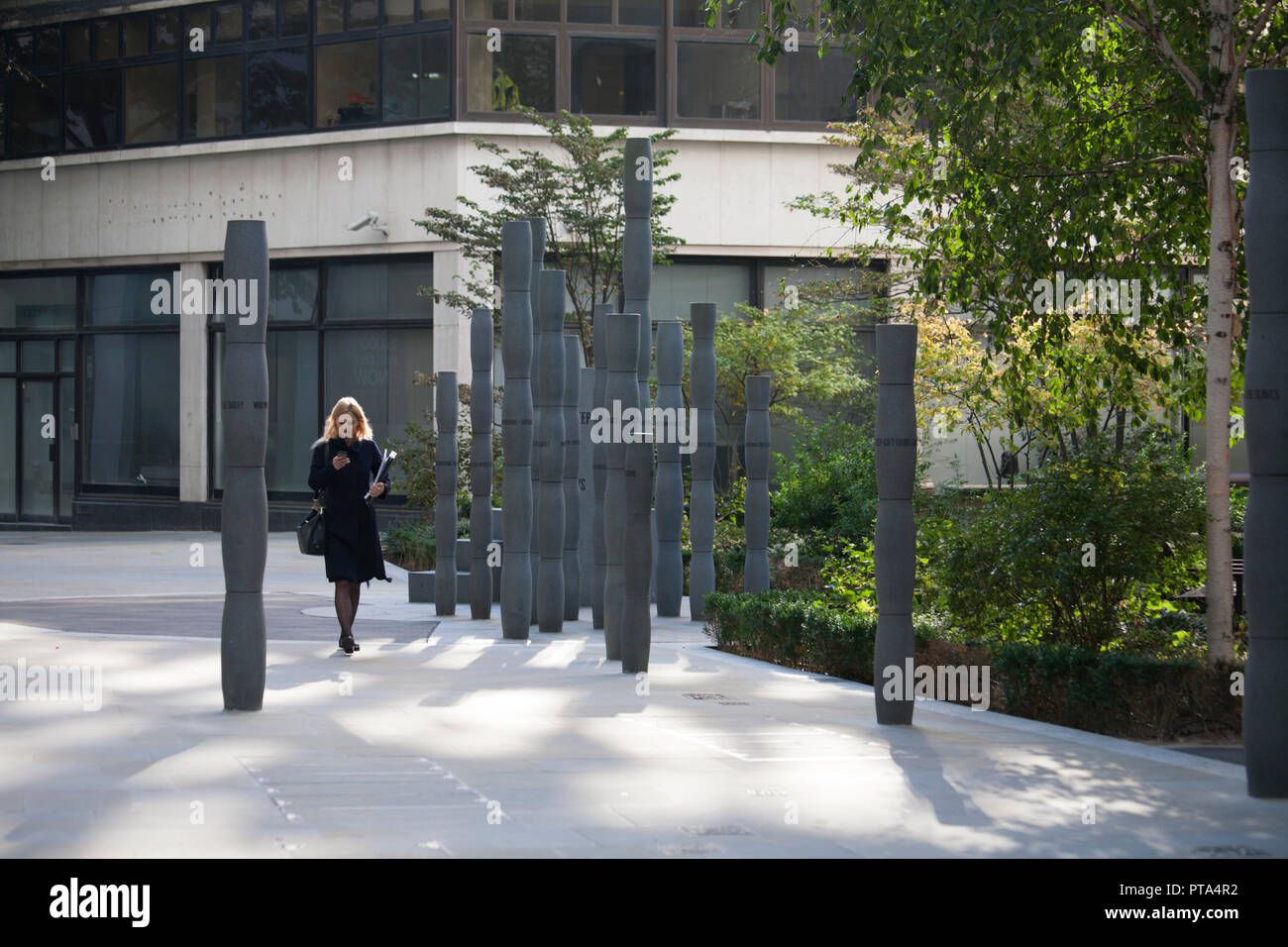 Gilt of Cain sculpture was collaboration between sculptor Michael Visocchi and poet Lemn Sissay, Fen  Court, City of London - Stock Image