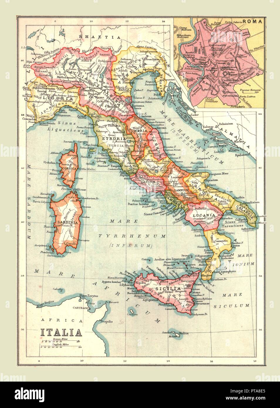 Map of 'Italia', (1902). Showing the Italian peninsula during the Roman period, with place names in Latin, and inset of Rome. From The Century Atlas of the World. [John Walker & Co, Ltd., London, 1902] - Stock Image
