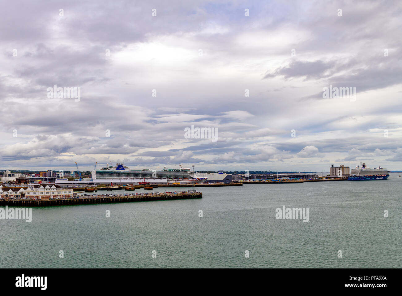 View of Southampton water showing the Carnival / P & O Azura and the TUI / Thomson Mein Schiff 4 moored at the docks - Stock Image