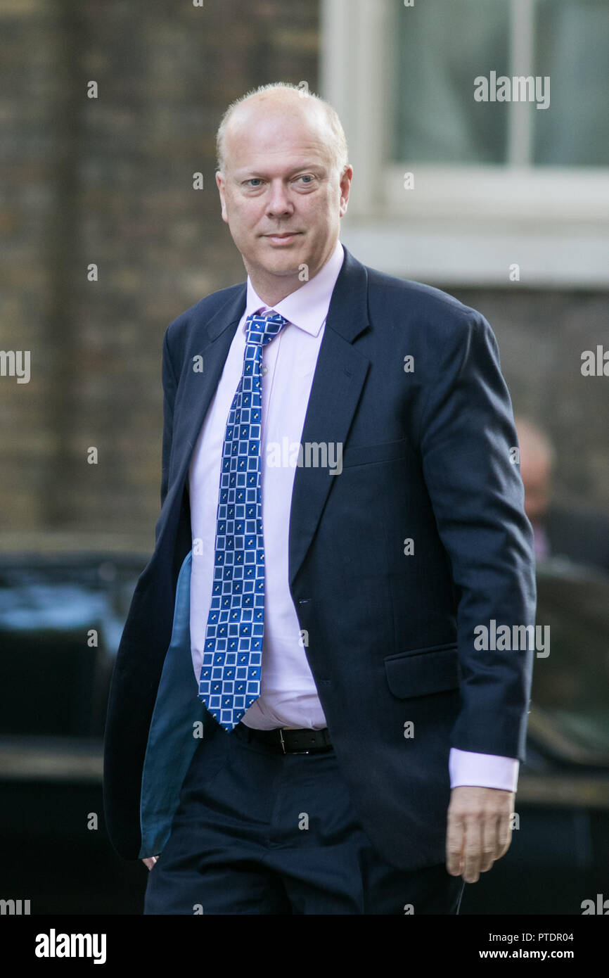 London,UK. 9th October 2018.   Chris Grayling MP Secretary of State for Transport arrives at Downing street for the weekly cabinet meeting Credit: amer ghazzal/Alamy Live News - Stock Image
