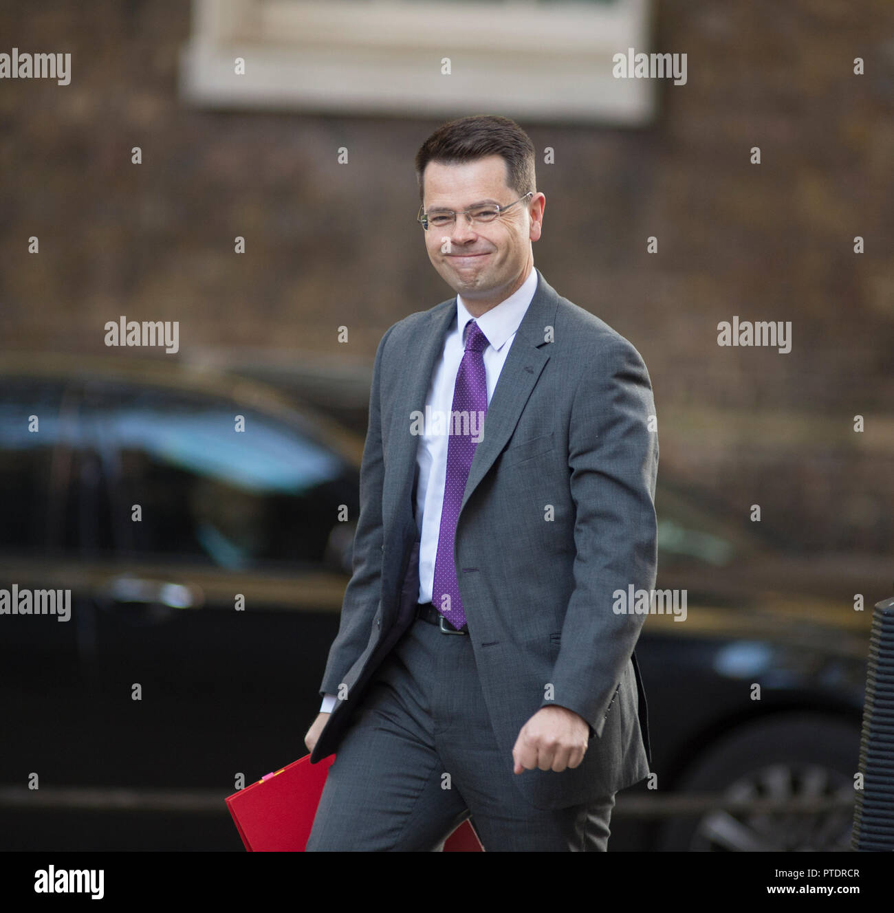 Downing Street, London, UK. 9 October 2018. James Brokenshire, Secretary of State for Housing, Communities and Local Government in Downing Street for weekly cabinet meeting. Credit: Malcolm Park/Alamy Live News. - Stock Image