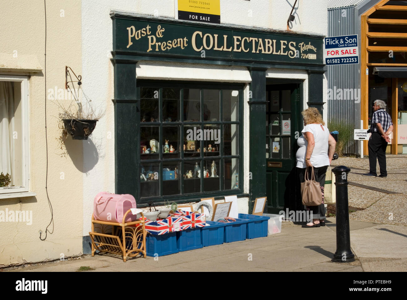 Past & Present Collectables, Southwold - Stock Image