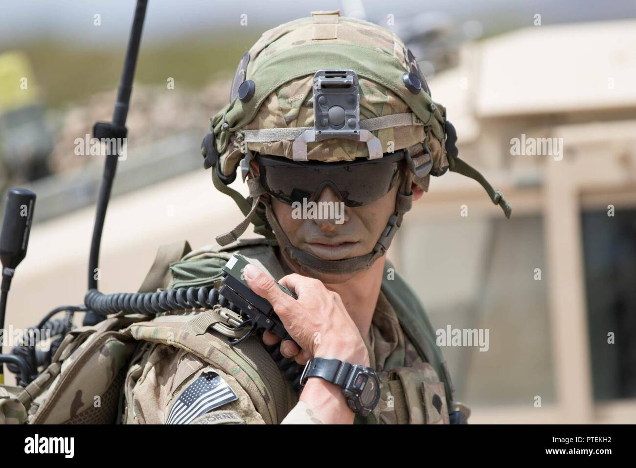 ARMY AIR ASSAULT FORT CAMPBELL-KENTUCKY UNIT /& OPERATION LEFT CHEST ZIPPER