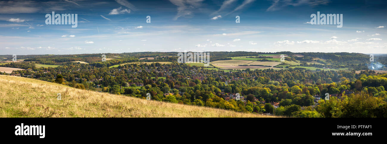 England, Berkshire,  Streatley, Lardon Chase overlooking the Goring Gap, panoramic - Stock Image