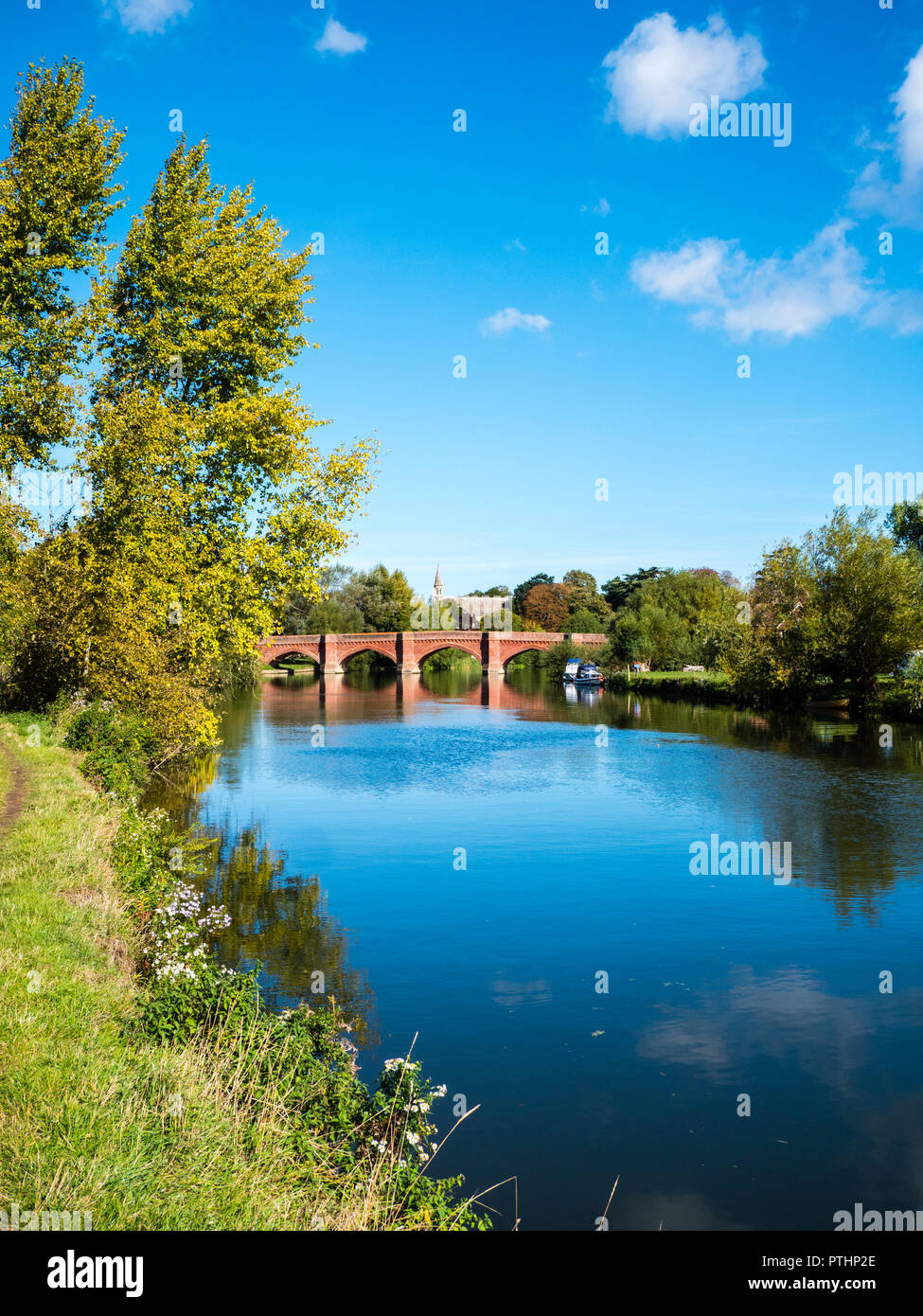 Clifton Hampden Bridge,Clifton Hampden, River Thames, Oxfordshire, England, UK, GB. - Stock Image