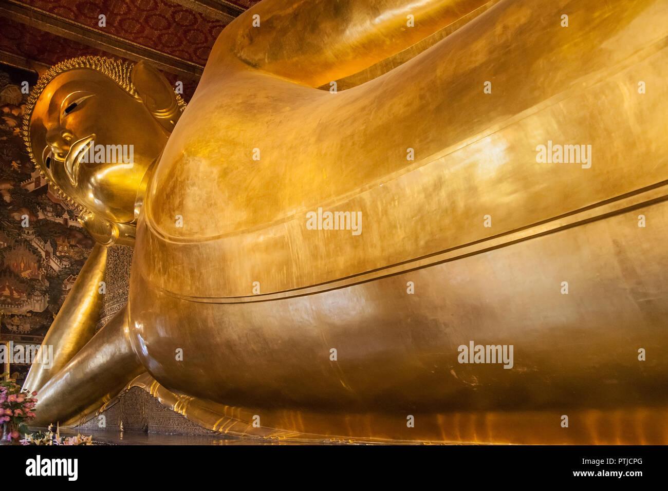 Reclining Buddha at Wat Pho in Bangkok, Thailand. Stock Photo