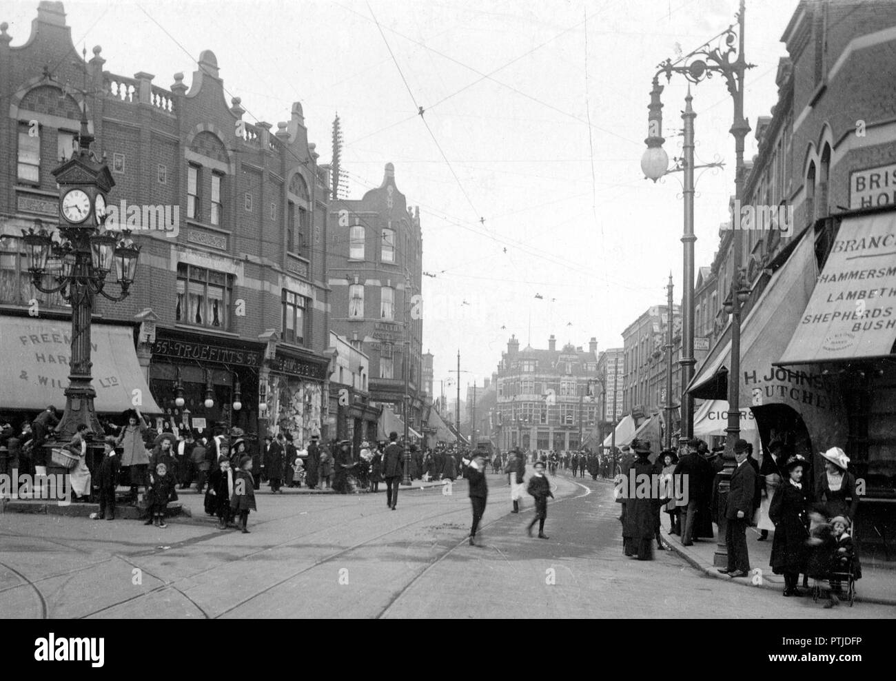 High Street, Harlesden, London early 1900's - Stock Image