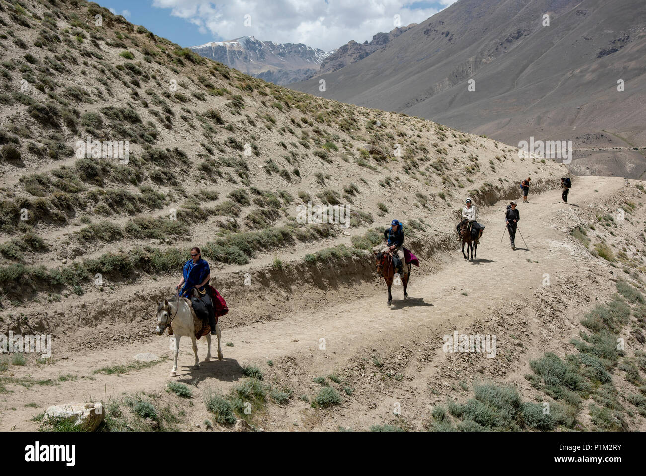 paragraph on trekking expedition