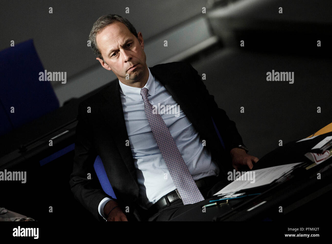 10 October 2018, Berlin: 10 October 2018, Germany, Berlin: Minister of State Hendrik Hoppenstedt takes part in the 54th session of the German Bundestag during a question time to the federal government. Photo: Carsten Koall/dpa - Stock Image