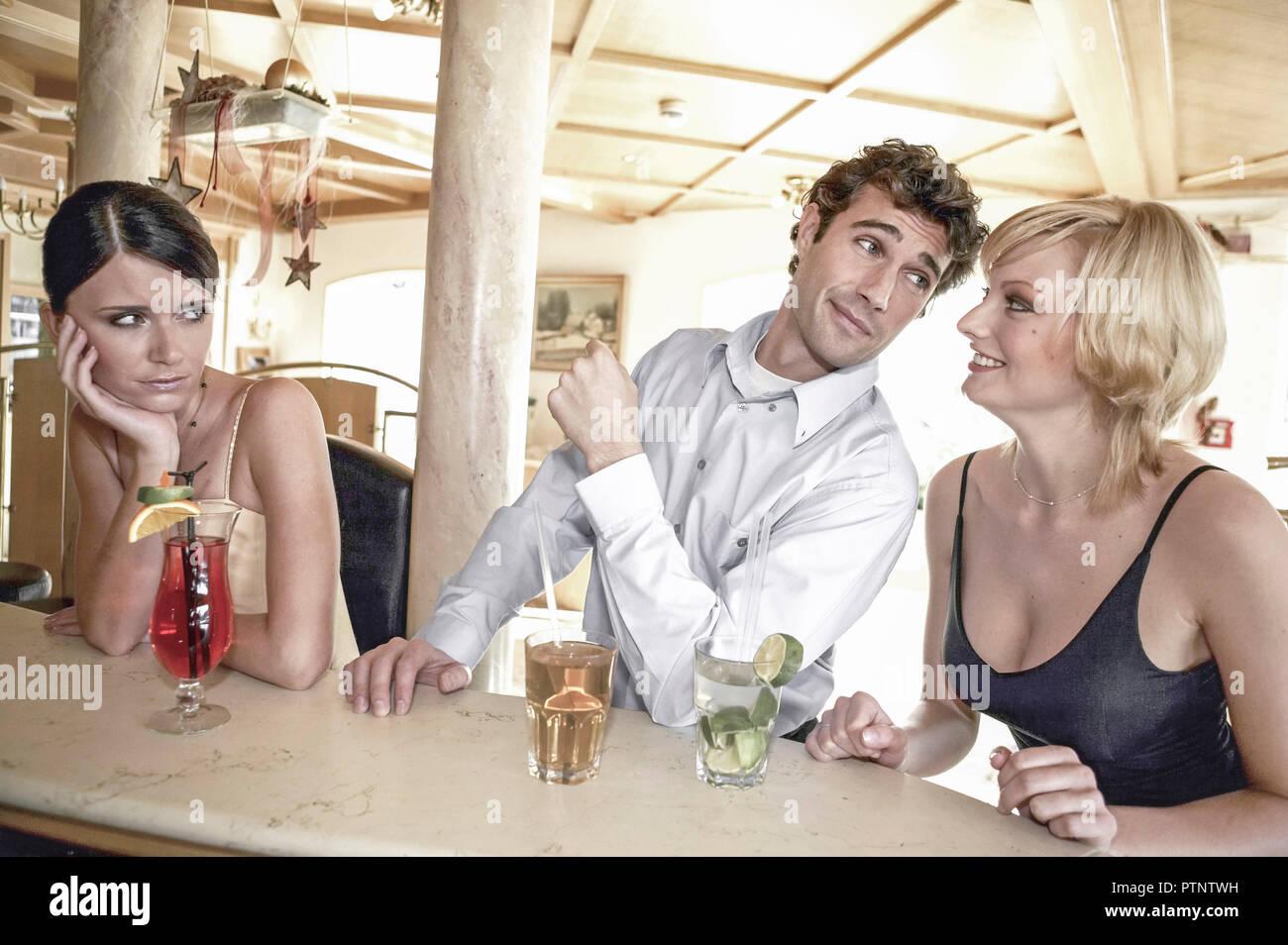 Eine handvoll guter Flirttipps: 5 für IHN, 5 für SIE