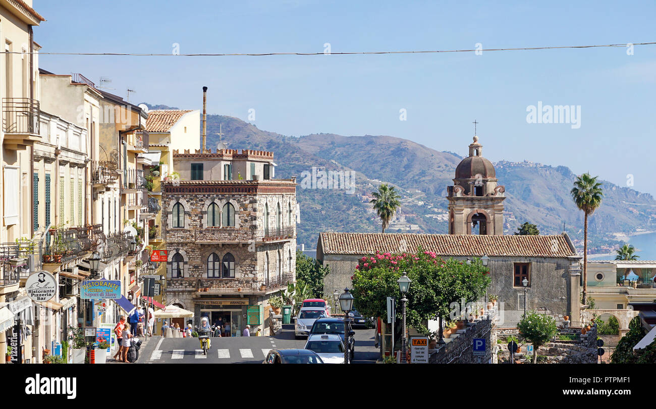 View from Porta Messina to the old town of Taormina, Sicily, Italy - Stock Image