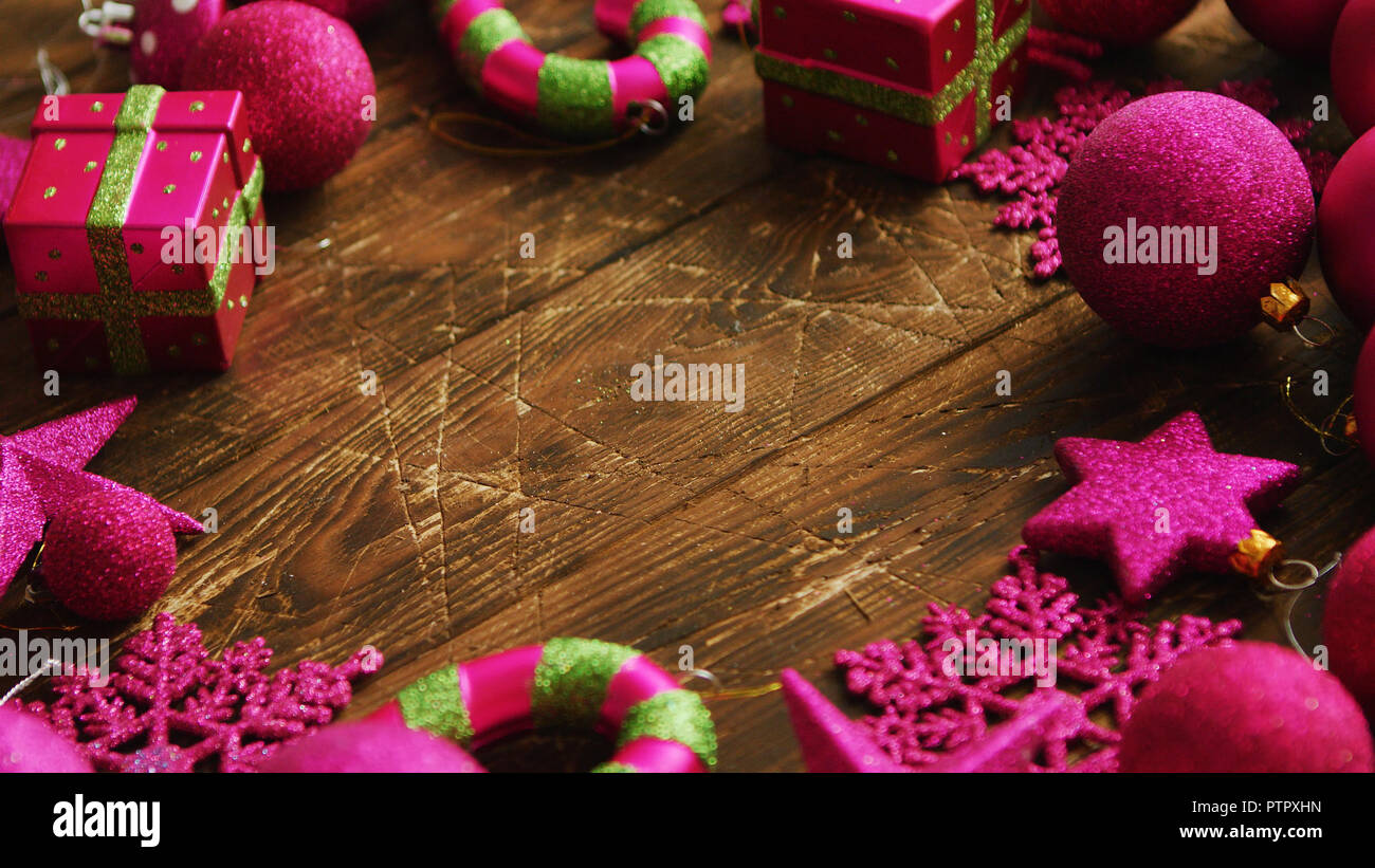 Christmas decorations laid in circle - Stock Image