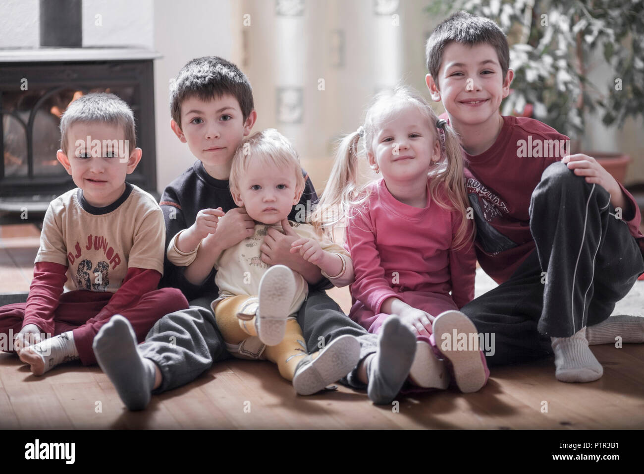 Family at home, living room (Modellfreigabe) Stock Photo