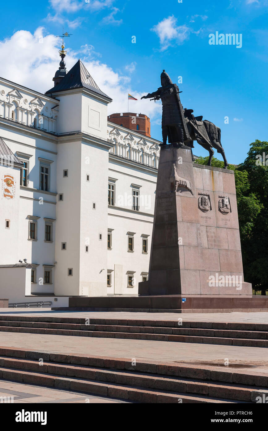 View of the south side of the Palace Of the Grand Dukes of Lithuania in Vilnius Old Town with the Monument to Grand Duke Gediminas sited beside it. Stock Photo