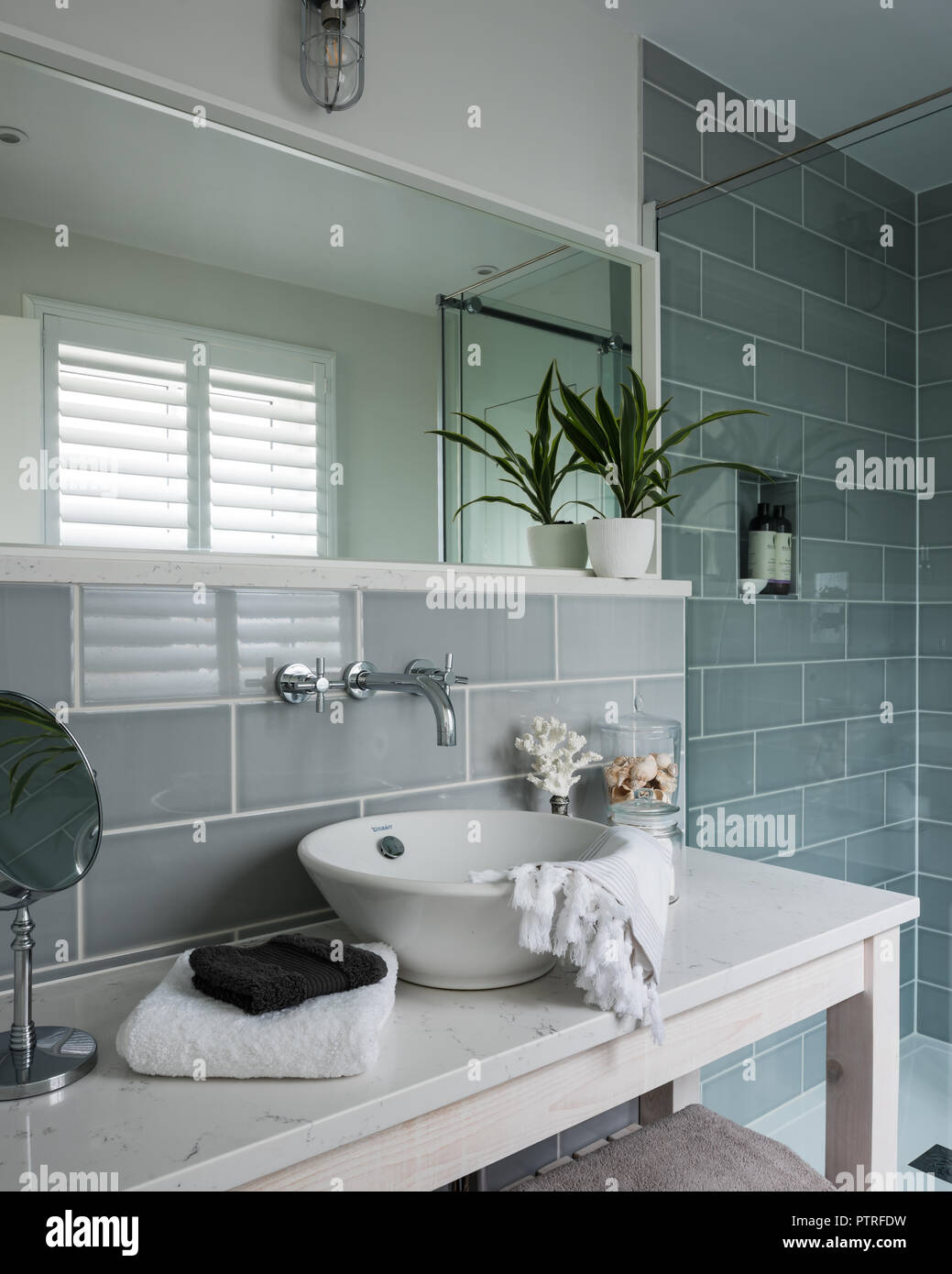 Tiles Above Sink Stock Photos Tiles Above Sink Stock Images Alamy