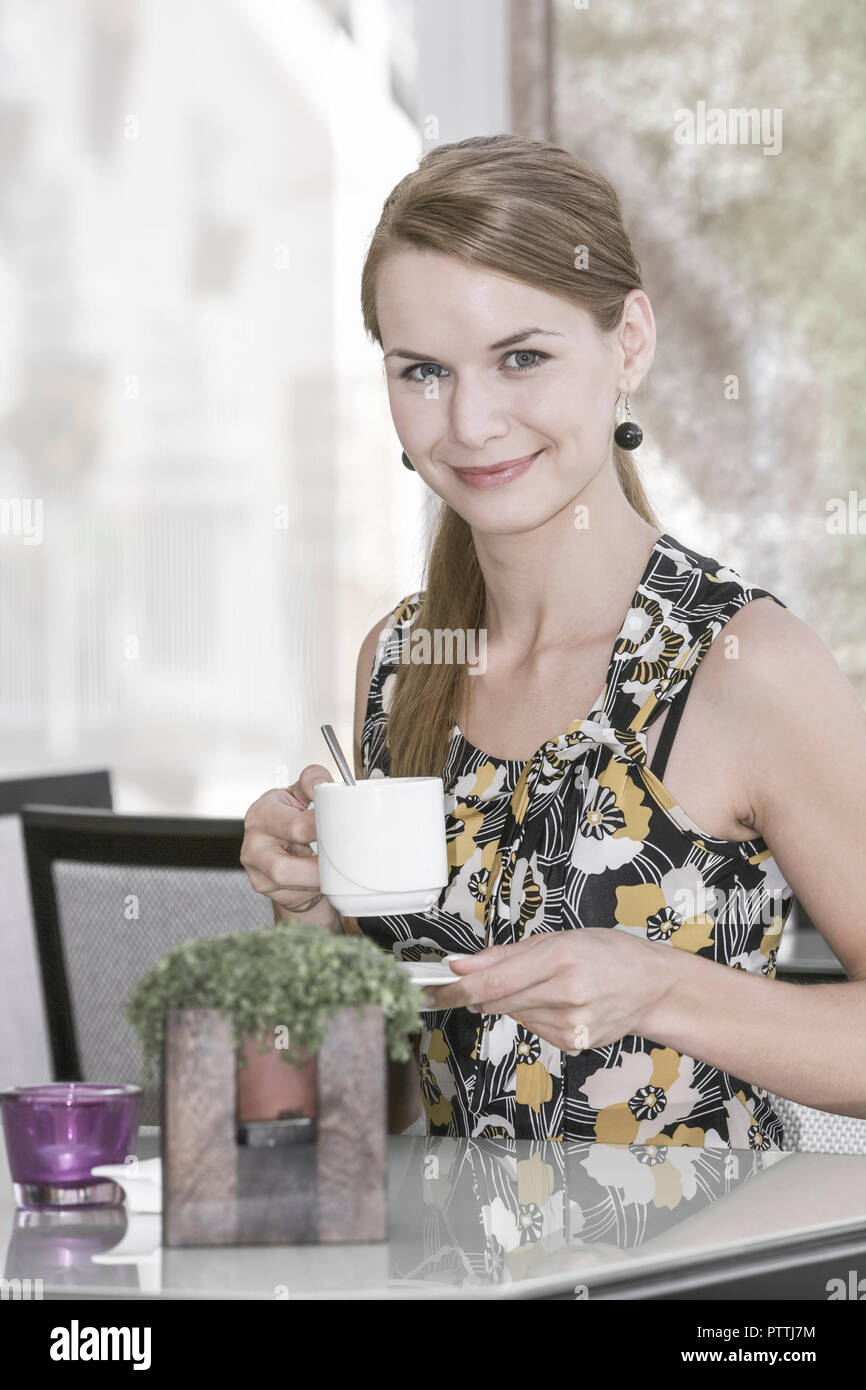 Dating cafe kosten frauen