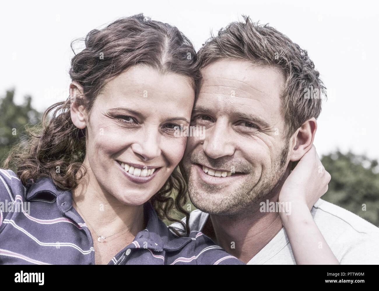 Paar, Koepfe zusammen, Portraet (model-released) Stock Photo