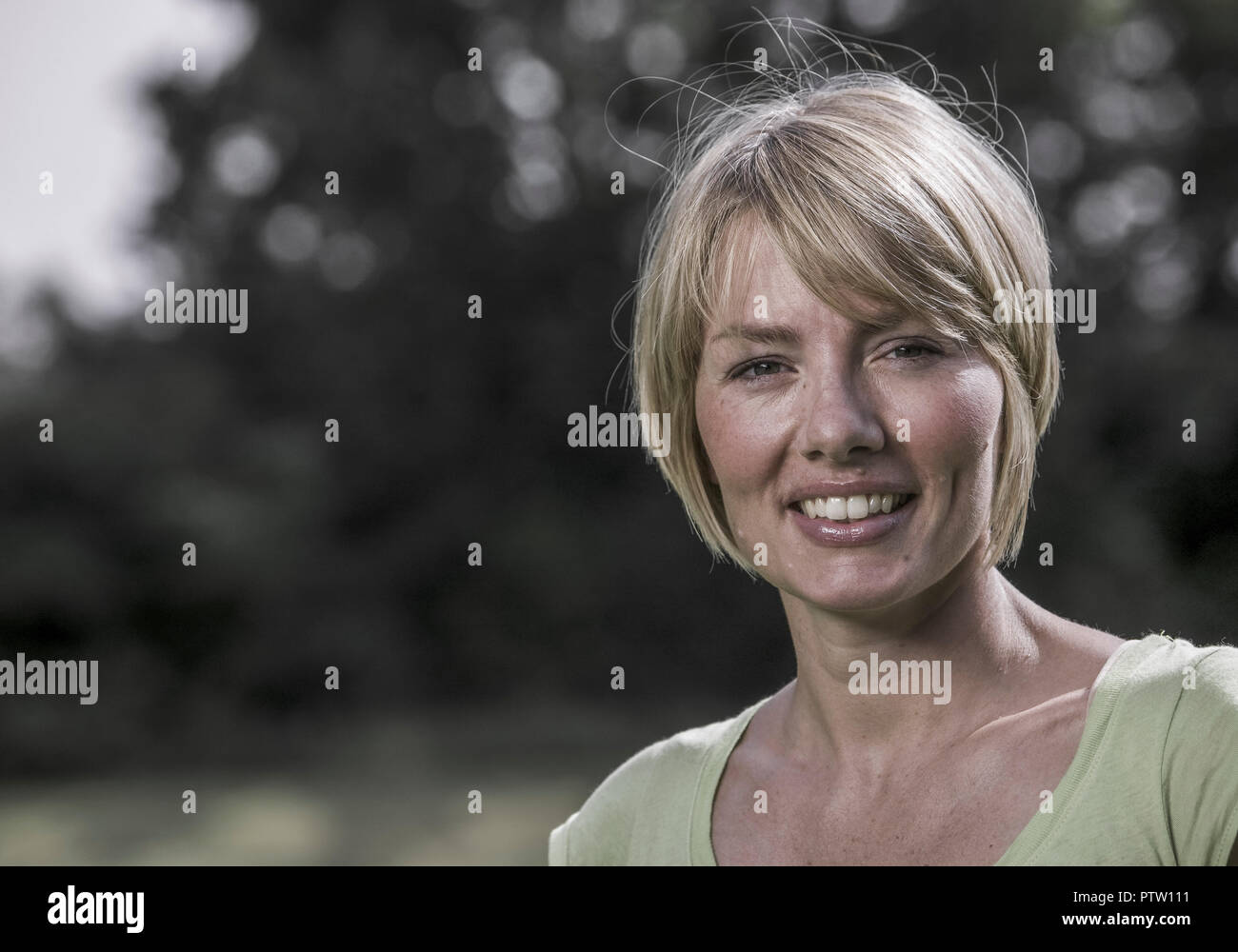 Frau, Portraet (model-released) - Stock Image