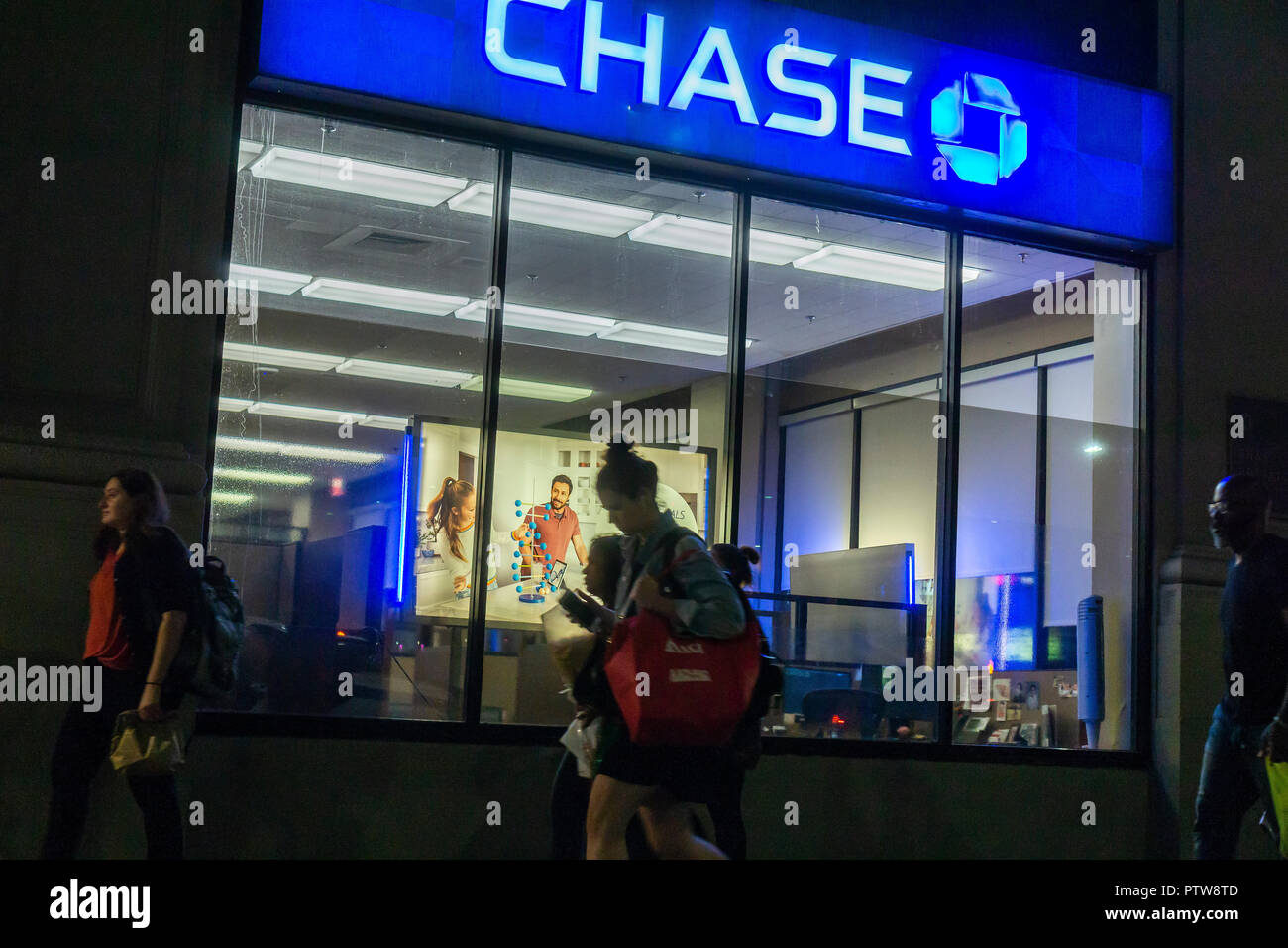 A branch of JPMorgan Chase bank in New York on Tuesday, October 9, 2018. JPMorgan Chase is scheduled to report their third-quarter earnings on October 12 prior to the bell. (© Richard B. Levine) - Stock Image
