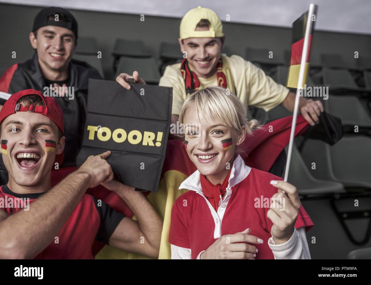 Deutsche Fussballfans (model-released) - Stock Image