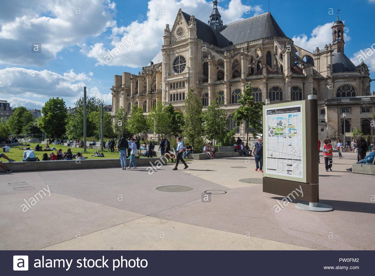 Paris, Jardin des Halles - Stock Image