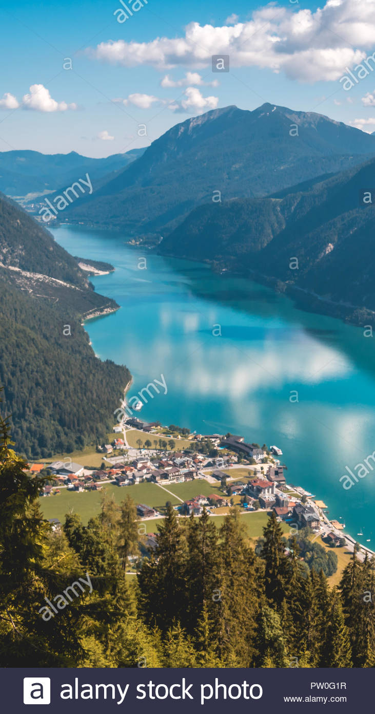 Smartphone Hd Wallpaper Of Beautiful Alpine View At The Achensee