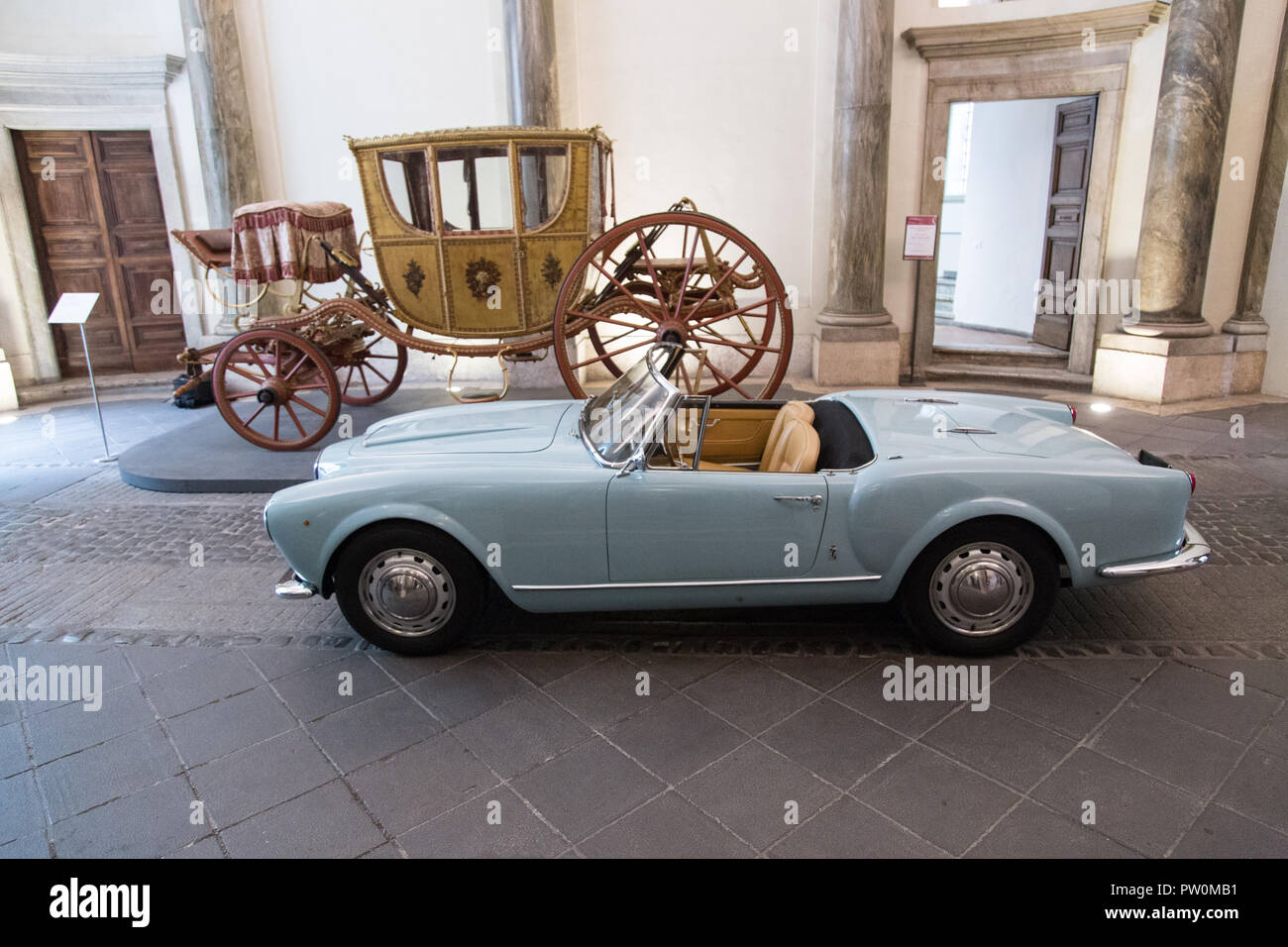 "Roma, Italy. 11th Oct, 2018. Lancia Aurelia B24 convertible, the original spider of the movie ""Il Sorpasso"" Inauguration of the exhibition ""Il sorpasso. Quando l'Italia si mise a correre, 1946-1961"" at the Museum of Rome in Palazzo Braschi Credit: Matteo Nardone/Pacific Press/Alamy Live News Stock Photo"