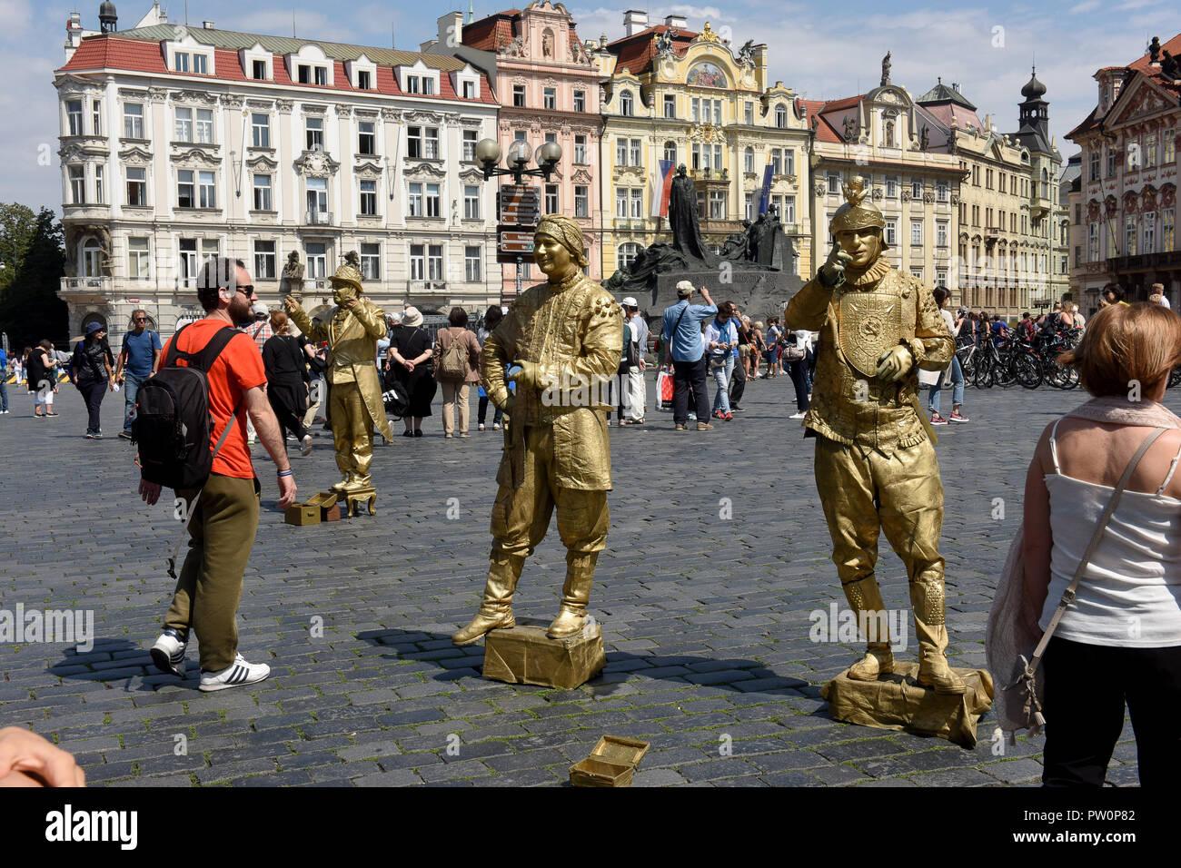 Mime artists in Prague Czech Republic - Stock Image