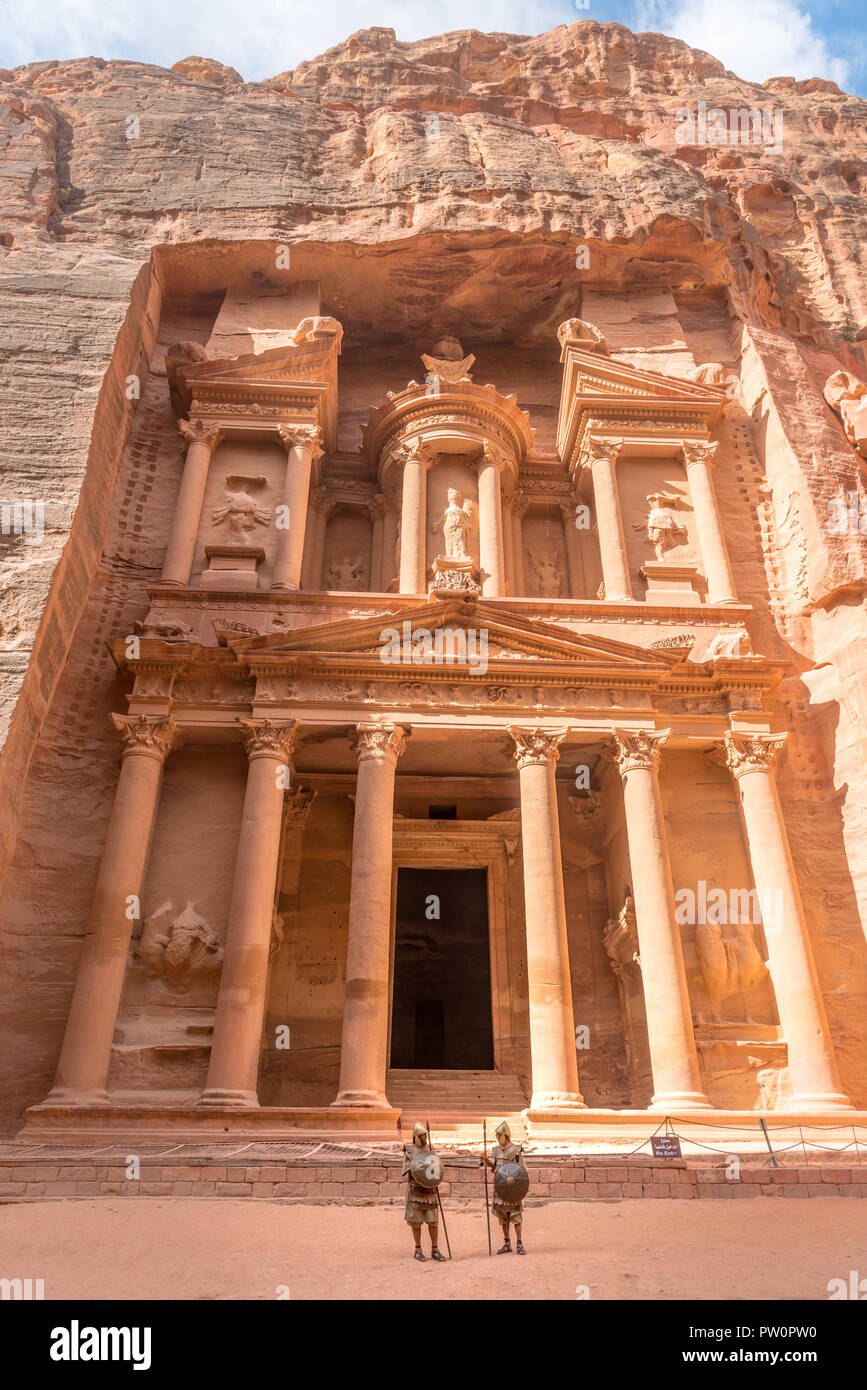 Al Khazneh Petra Jordan, knights guarding Petra's old traditional city - Stock Image