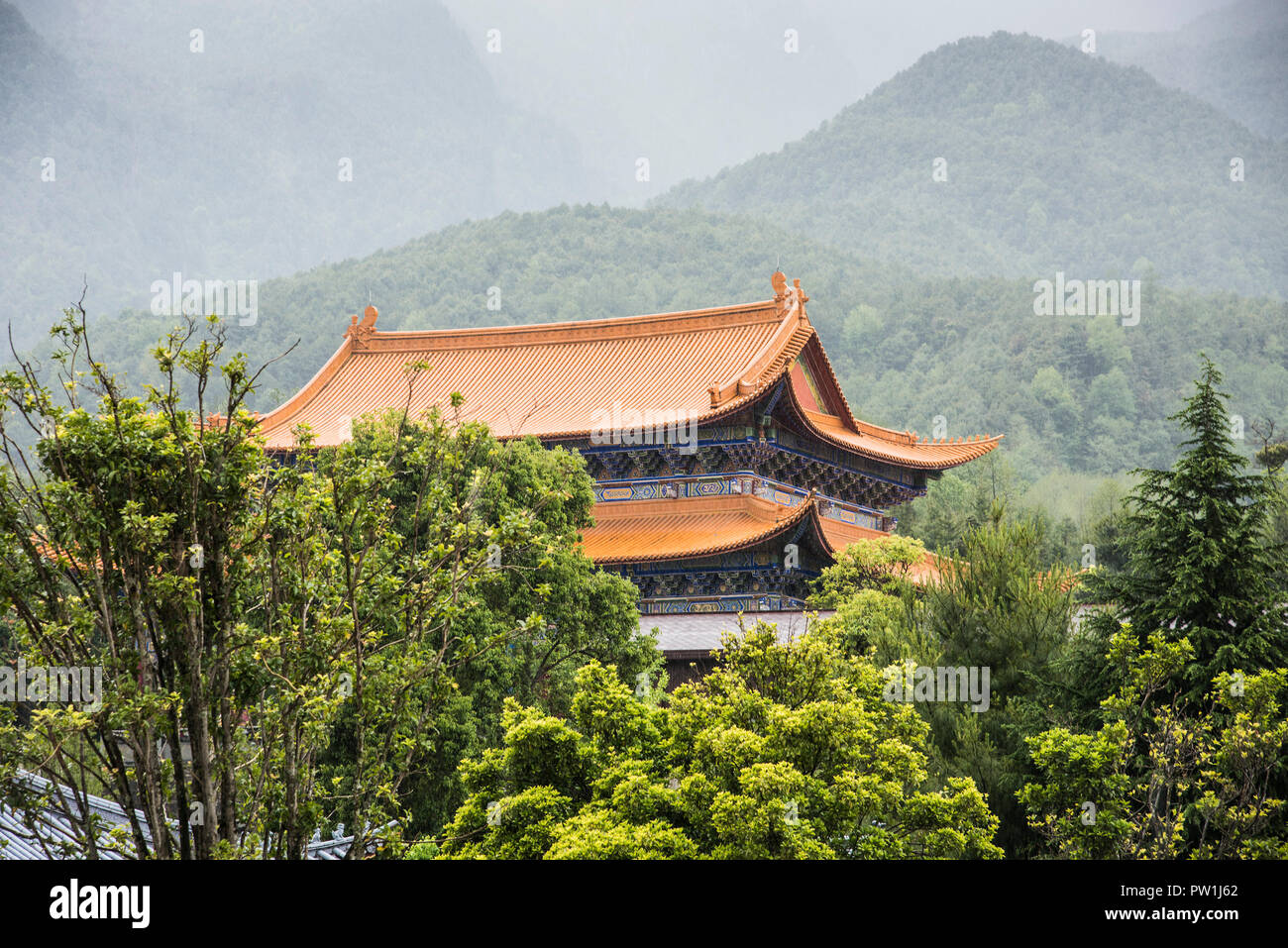 Chinese Taoist temple situated in the Weibaoshan mountains . - Stock Image