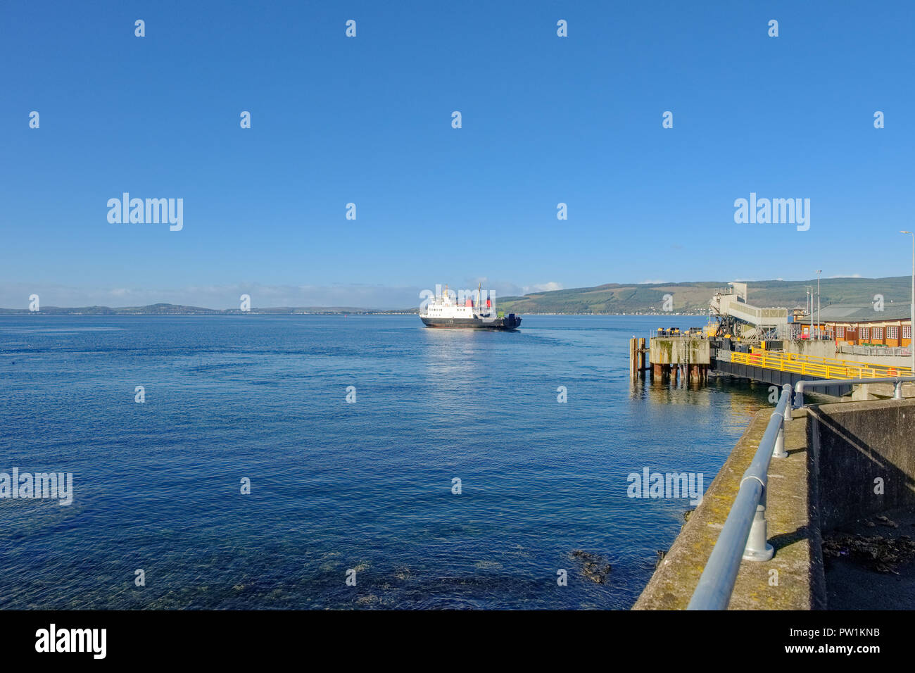 Car Ferry on the River Clyde Leaving Wemyss Bay Pier Scotland - Stock Image