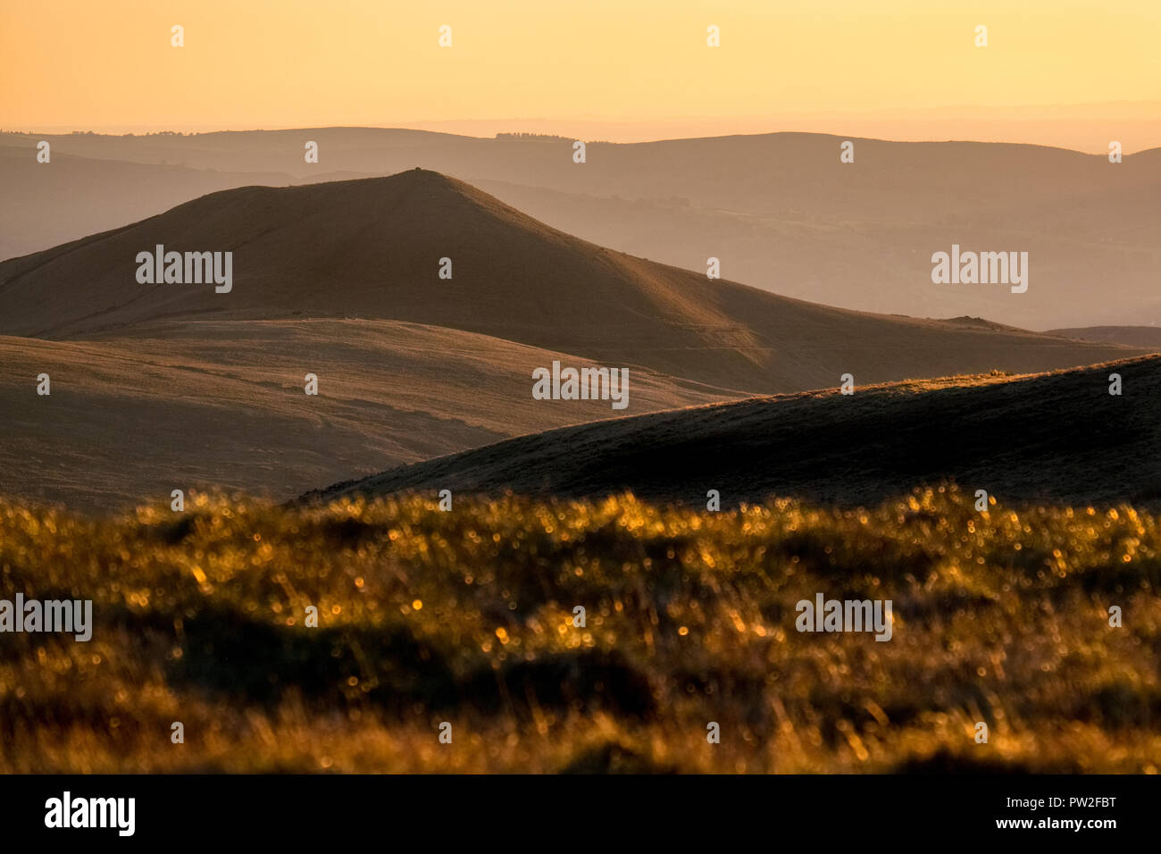 South Head seen from Kinder Scout at sunset, Peak District National Park,UK - Stock Image