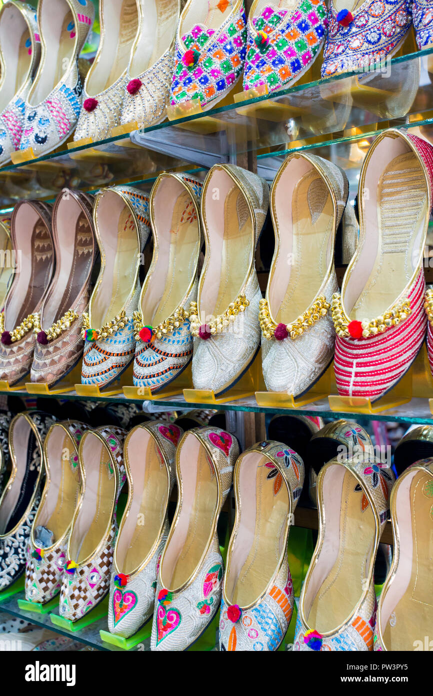 India, Punjab, Amritsar, traditional Indian slippers for sale Stock Photo