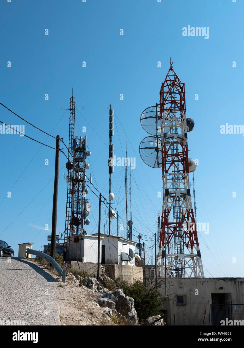 Communications masts, Mount Pantokrator, Corfu, Ionian Islands, Greece. - Stock Image