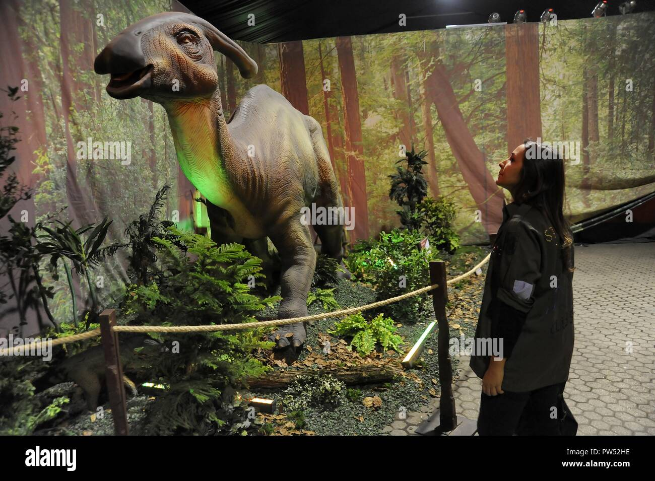 Milan (Italy), exhibition of prehistoric animals reproduced in full size; Parasaurolophus (Parasaurolophus walkeri) - Stock Image