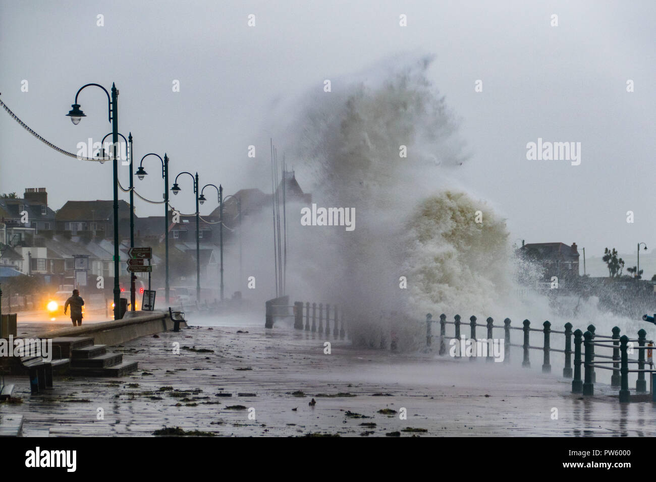 Penzance, Cornwall, UK. 13th October 2018. UK Weather. Storm Callum continues to batter Cornwall. Credit: Simon Maycock/Alamy Live News Stock Photo