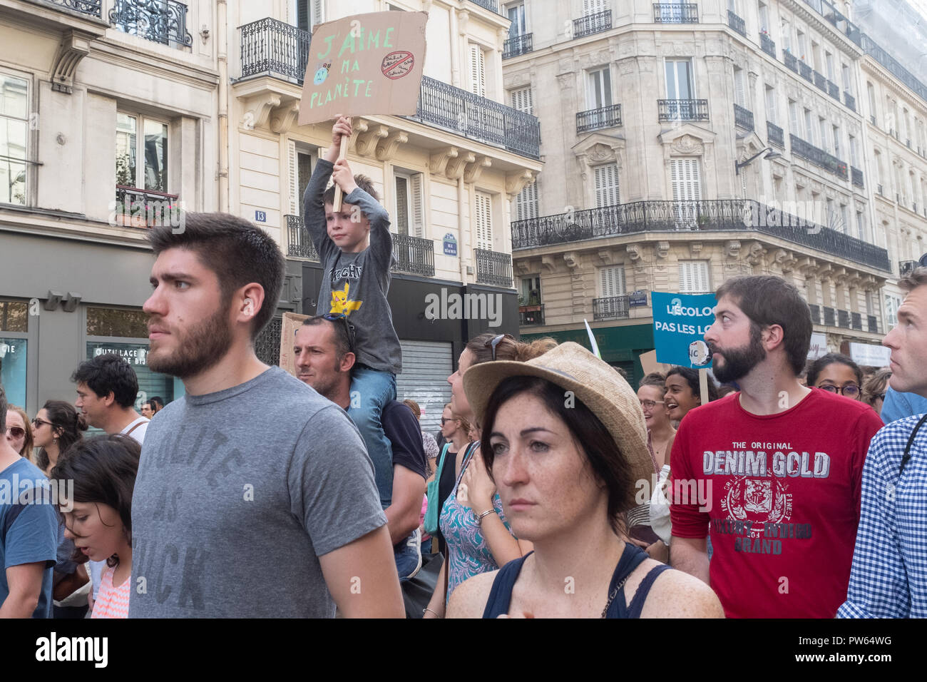Paris, France, October 13, 2018: Demonstrators march to the Place de la Republique in protest against climate change and global warming Credit: On Sight Photographic/Alamy Live News - Stock Image