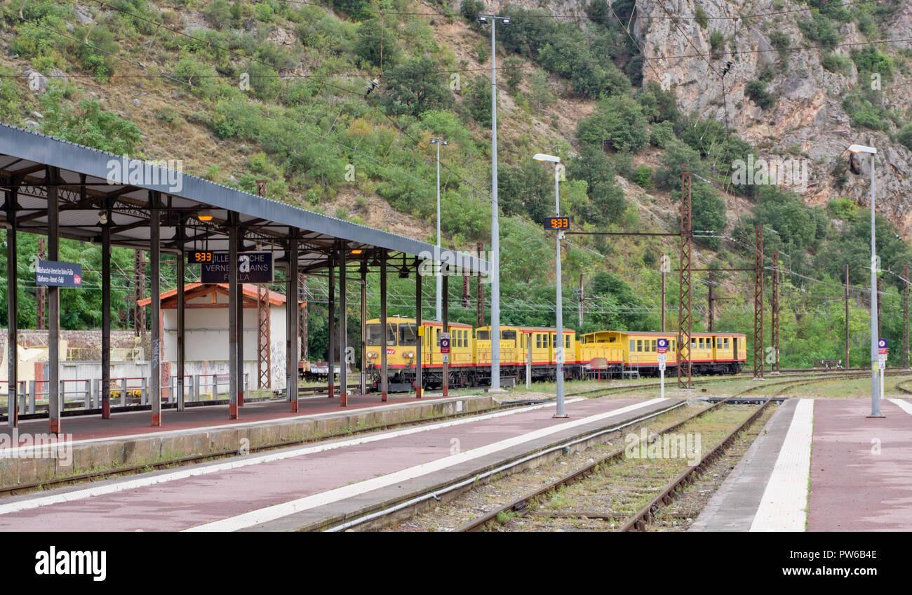 The Yellow Train Villefranche de Conflent station - Stock Image