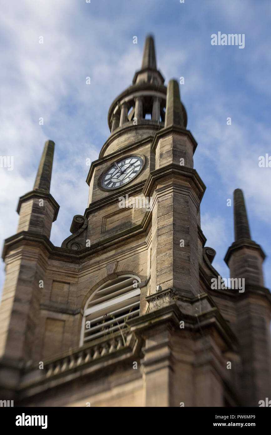 Looking up at Georgian Architecture in Glasgow city centre during a cold spring morning in Scotland. - Stock Image