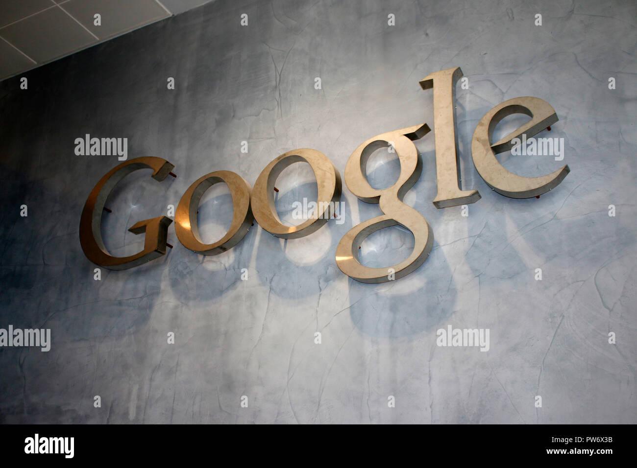 Google-Logo, Google Europa Zentrale, Docklands, Dublin, Irland ...