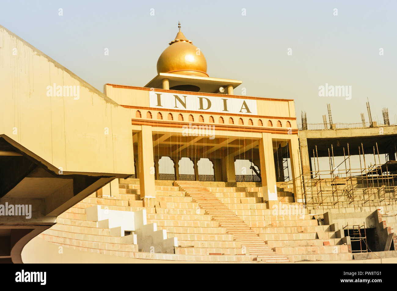 india pakistan border gate stock photos india pakistan border gate stock images alamy. Black Bedroom Furniture Sets. Home Design Ideas