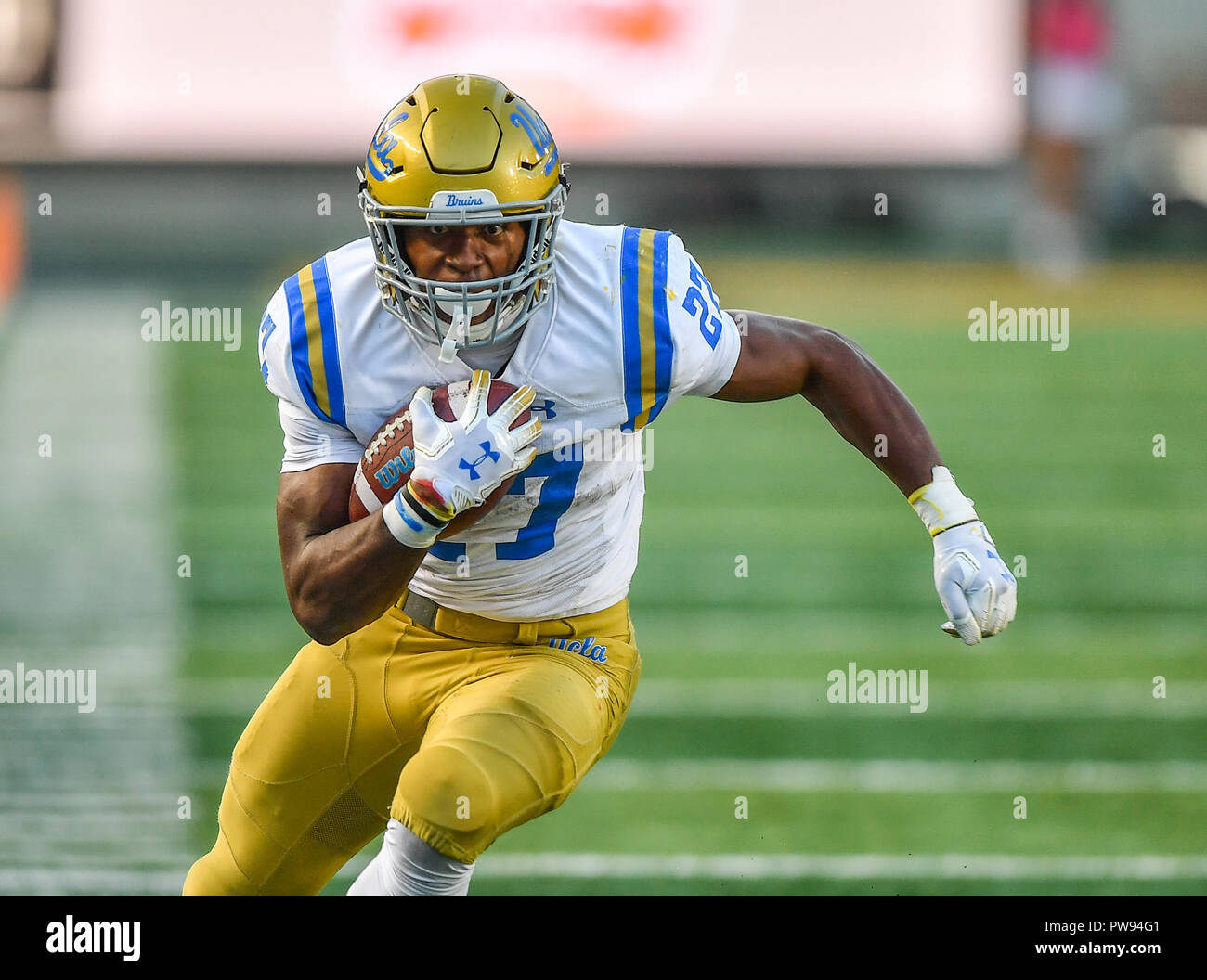 Berkeley California Usa 13th Oct 2018 Ucla Bruins Running Back