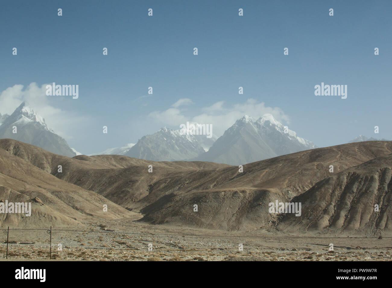 Mt Kongur, Karakoram Highway, Xinjiang Region, China - Stock Image