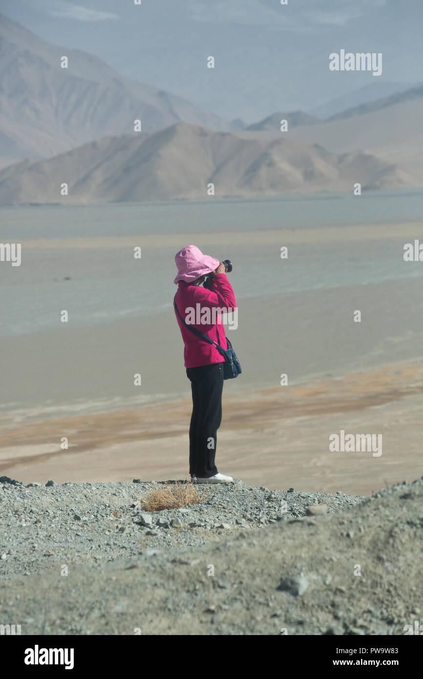 Travelling the Karakoram Hoghway in China - Stock Image